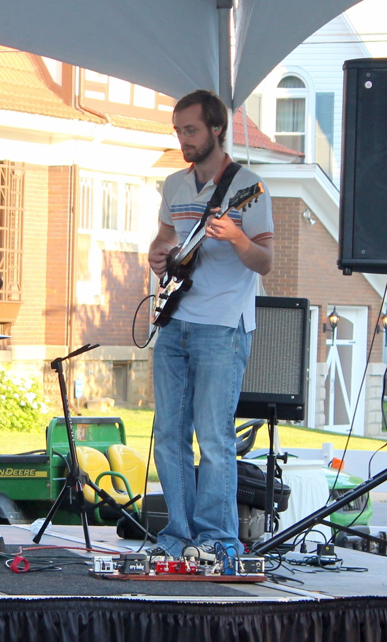 Dennis Hodges Guitar